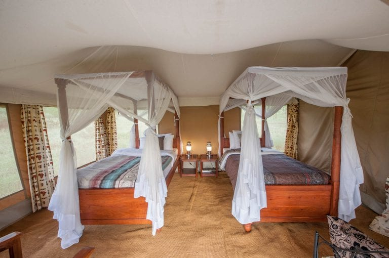 Twee persoons tent met twin bed in Acacia Central Camp